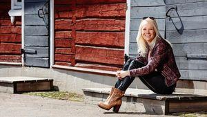Экс-биатлонистка Мякяряйнен мечтала о кофейне и цветочном магазине. Но стала тренером