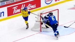 Фантастический гол русского вундеркинда повторил 19-летний швед. НаМЧМ забивают встиле Свечникова