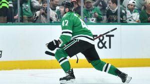 Русский хоккеист кричал от счастья в Америке! Радулов пережил операцию и забил впервые за 225 дней