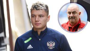 Черчесов объяснил обратную замену Мостового в матче сборной России в Словакии