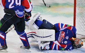 (Александр Овчаров, photo.khl.ru)