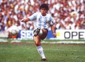 Каннаваро: «Для меня лучший — Марадона. Роналдо — единственный, кто приблизился к Диего»