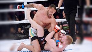 «Он сразу сказал, что шокирует Россию». Бразилец, который нокаутировал Шлеменко и стал чемпионом M-1