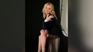 «Провокационная съемка». 45-летняя Рудковская в боди и пиджаке снялась для глянцевого журнала: видео