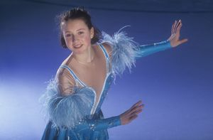 Слуцкая показала свое первое платье для выступлений, пошитое в ателье: «В 1993-м мой костюм был высшим пилотажем!»