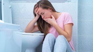 Что делать, если тошнит: 12 способов спастись от неприятных ощущений