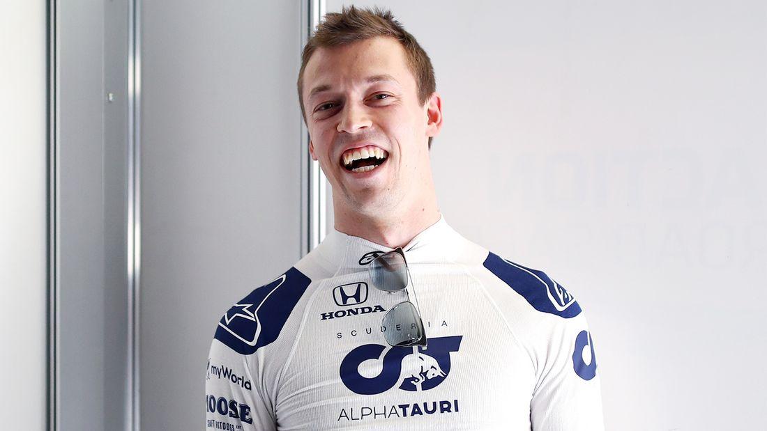 За 6 лет в Формуле-1 русский пилот Квят заработал около $4 млн. Столько Дзюба получает в Зените за год