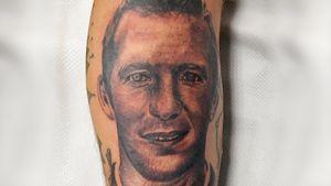 Бывший одноклубник смертельно больного экс-игрока «Зенита» Риксена сделал тату с его изображением