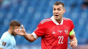«У русских Дзюба — деревянный парень, его боятся защитники». Что пишут о сборной России в иностранных СМИ