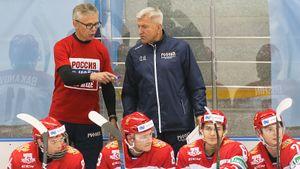 Молодежная сборная России два периода на равных рубилась с чемпионом КХЛ. Какую команду собрал Ларионов?