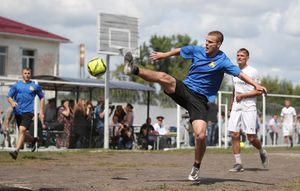 Команда Кокорина иМамаева втюрьме обыграла клуб ПФЛ «Салют». Полное видео матча, все голы