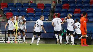 Сборная Германии победила Голландию и вышла в финал молодежного ЧЕ, где сыграет с Португалией