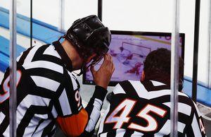 КХЛ разъяснила правило, из-за которого игрок сборной Канады небыл удален вфинале МЧМ-2020