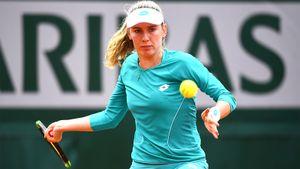 Александрова проиграла Азаренко на старте турнира в Мадриде