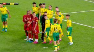 «Ливерпуль» придумал, как обойти новое правило. Ноу-хау от Клоппа в матче с «Норвичем»