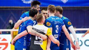 Московское «Динамо» разучилось проигрывать: на этот раз разгромлен «Зенит». Бело-голубые вышли в лидеры чемпионата