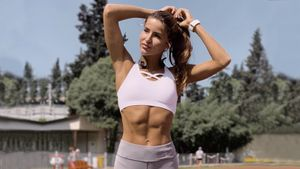 Как во время карантина держать себя в форме: тренировки от красавицы-скелетонистки Юлии Канакиной