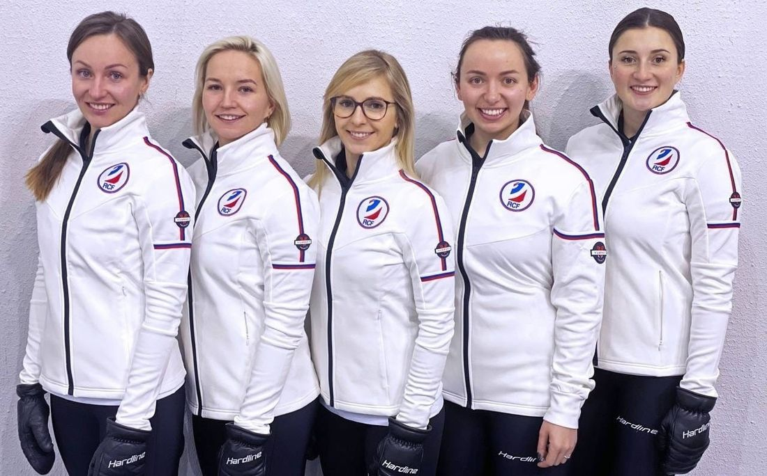 Женская сборная России одержала пятую победу на чемпионате мира по керлингу, обыграв Эстонию