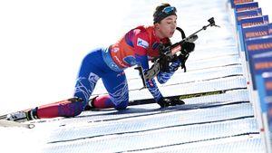 Кайшева установила личный рекорд на Кубке мира по биатлону. При сильнейшем ветре в Швеции она попала «в цветы»