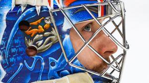 Русский вратарь вошел в историю клуба НХЛ! После кошмарного начала сезона Сорокин выглядит бетонной стеной