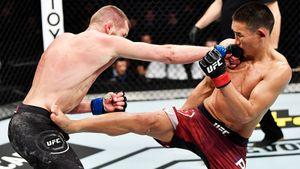 Турнир UFC вМоскве начался споражения бойца изРоссии. Попов проиграл второй раз подряд