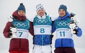 Феноменальные! Лыжники Большунов и Ларьков выиграли по медали в марафоне