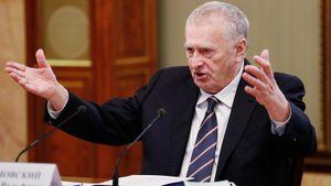 Жириновский — о скандале с флагом РФ на турнире по шашкам: «Что дальше, будут заставлять россиян прически менять?»