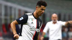 Роналду вышел на чистое 2-е место в истории по голам в официальных матчах