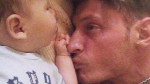 «Умамы слезы сегодня весь день». Павел Воля трогательно поздравил ихсУтяшевой сына сднем рождения: видео