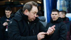 Ужас Слуцкого в «Рубине» продолжается: поражение в волжском дерби, удаление, слишком долгий VAR