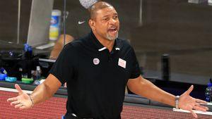 «Клипперс» — разочарование плей-офф НБА. Тренер Риверс не тянет, а через год команда может остаться без звезд