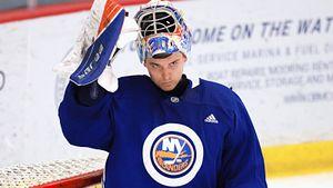 Русский вратарь из Нью-Йорка непробиваем перед сезоном НХЛ! Пока Варламов лечится, его может сместить Сорокин