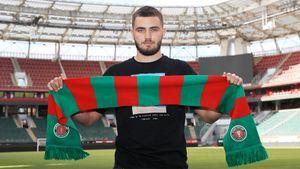 В «Локомотив» перешел защитник «Ахмата» Ненахов