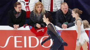 Медведева поймала звезду, обнялась с Орсером и примерила корону. Лучшие фото Гран-при России