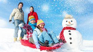 Чем заняться на Новый год: идеи для развлечений на каникулах дома и на улице