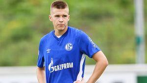 Молодой русский футболист уехал в Германию и забил в первойже игре. Михайлову понадобилось всего 3 минуты на гол