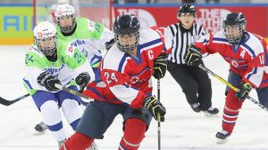 IIHF приняла решение о переносе женского чемпионата мира на май и ждет одобрения властей Канады