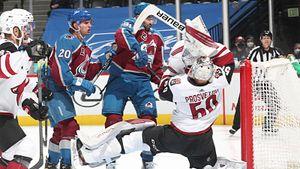Русский вратарь провалил дебют в НХЛ, но на нем нельзя ставить крест. Просветову поможет оборона «Аризоны»
