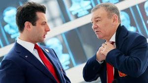 Ротенберги — самая богатая семья России по версии Forbes. Как они и их бизнесы связаны с хоккеем
