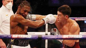Русский чемпион побил англичанина у него дома. Скоро Бивол может подраться с лучшим чеченским боксером