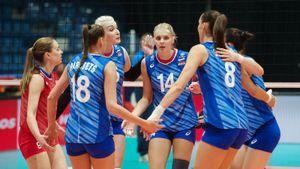 Русские волейболистки вышли в плей-офф ЧЕ. В последнем матче в группе разгромлены хозяева турнира