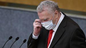 Жириновский пожаловался на китайские маски в России: «У каждой второй рвутся петельки!»