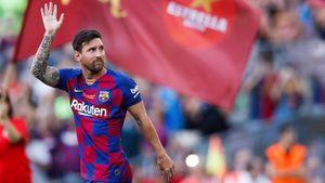 Месси выступил перед «Камп Ноу», а Суарес забил роскошный мяч. В Барселону приехал «Арсенал»