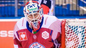 Тренер хоккейной сборной Белоруссии жестко раскритиковал вратаря, назвав его алкашом