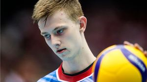 Русские волейболисты впервые за 10 лет проиграли японцам и упали на 8 место КМ. Что происходит?
