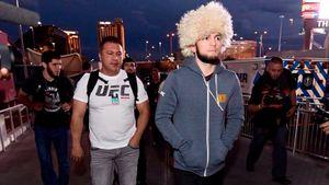 «Нурмагомедов в ужасе бежит от Тони». Как в США отреагировали на возможную отмену боя Хабиб — Фергюсон