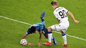 «Зенит» проиграл стартовый матч в Лиге чемпионов, пропустив гол в компенсированное время. Как это было