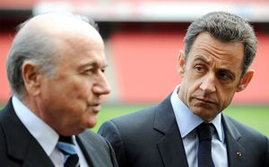 После ЧМвРоссии политики взялись заКатар. Блаттер обвиняет впобеде ихзаявки Саркози