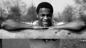 «Я не насиловал мальчика». Как первого футболиста-гея Фашану довели до самоубийства