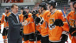 У хоккейного клуба из Хабаровска вновь долги по зарплате. Новые власти так и не привели в «Амур» спонсоров